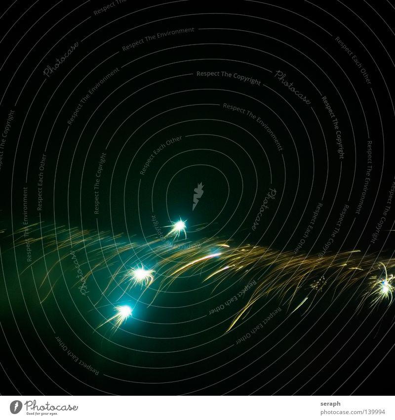 Celebration Himmel Farbe Gefühle Beleuchtung Feste & Feiern Lampe hell Luft glänzend Stern Stern (Symbol) Show Kitsch Silvester u. Neujahr Veranstaltung Feuerwerk