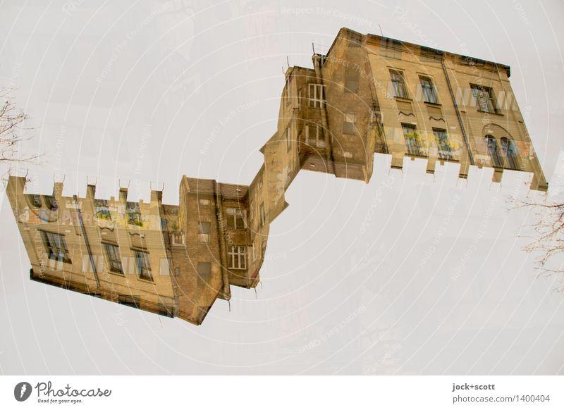 Rock the Haus Architektur Prenzlauer Berg Fassade außergewöhnlich eckig fantastisch Perspektive skurril Surrealismus Symmetrie Irritation Wandel & Veränderung