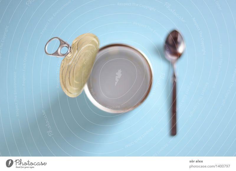 aufgegessen Lebensmittel Ernährung Essen Fastfood Löffel Dose blau Lebensmittelkontrolle leer Appetit & Hunger Farbfoto Innenaufnahme Menschenleer