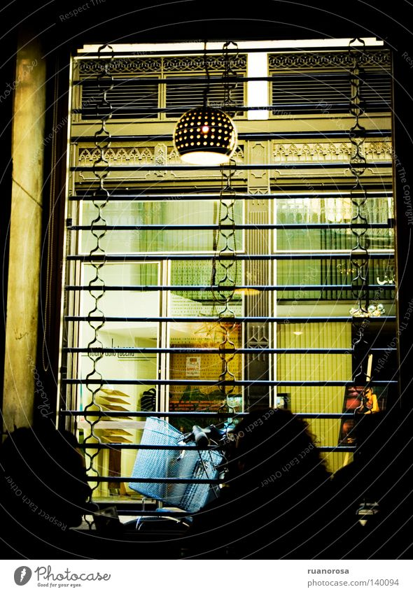 Mensch Straße Lampe Bar Club Theke Gitter Pub Golfschläger Cordoba Andalusien