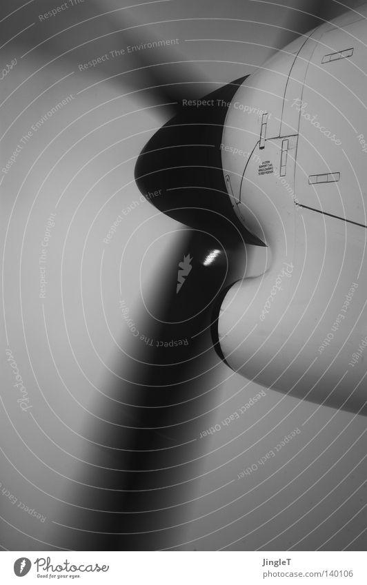 kurzzeitiges Glück Himmel Wolken Freiheit Regen Deutschland Flugzeug fliegen frei Unendlichkeit Drehung Propeller Motorboot Klimaschutz über den Wolken Erschütterung