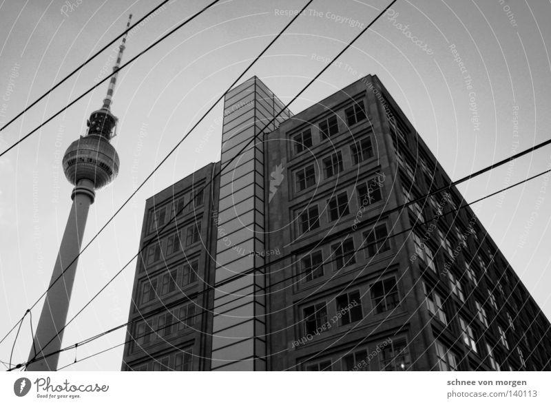 saison Haus Alexanderplatz Fenster Stadt Wahrzeichen Denkmal Berlin Berliner Fernsehturm alex