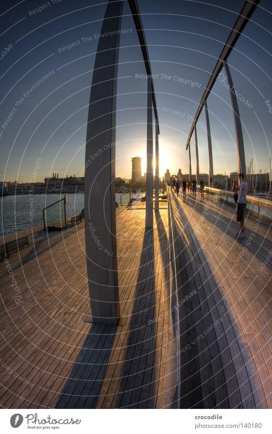 Barcelona II Himmel Mann Wasser schön Sonne Meer Haus Leben Architektur Holz gehen Stern Hochhaus Brücke Hafen Säule