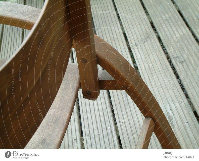 Holz pur Architektur Stuhl Bank Bodenbelag Balken