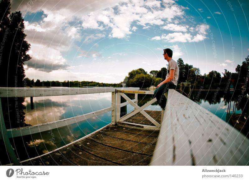 Sittin' on the Dock of the Bay Steg Wasser See sitzen Sommer Himmel Wolken warten Mann Erholung Denken ungestört Ferien & Urlaub & Reisen Einsamkeit Dämmerung