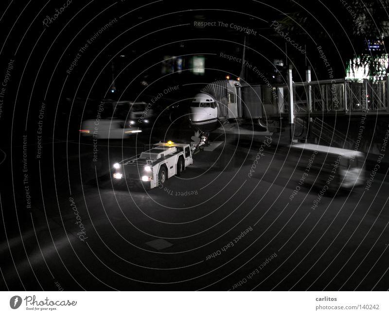 """""""Wir bitten nun die Passagiere ... Ferien & Urlaub & Reisen Flugzeug Sicherheit Luftverkehr Flughafen Kontrolle Pilot Kapitän Abflughalle Flugticket Rollfeld"""