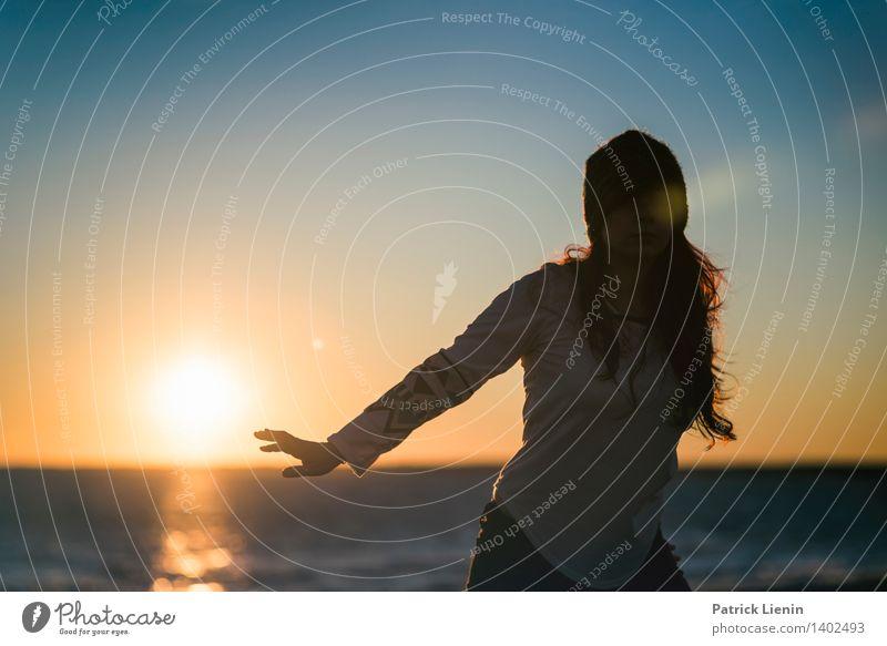 Sundance Mensch Frau Natur Ferien & Urlaub & Reisen Jugendliche schön Junge Frau Erholung Meer ruhig Ferne Strand 18-30 Jahre Erwachsene Umwelt Leben
