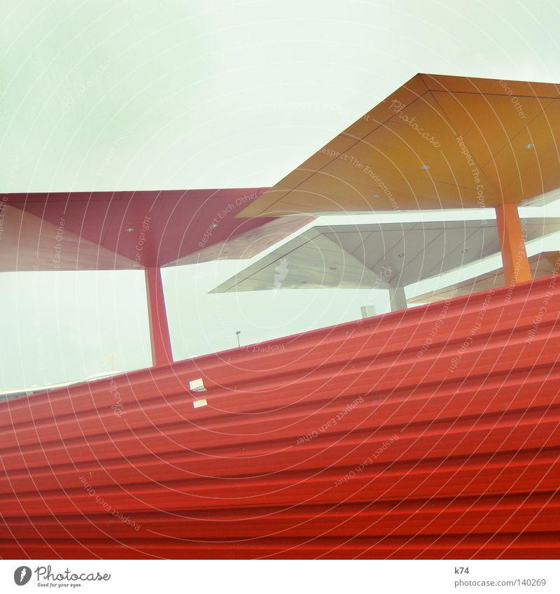 ZIG ZAG rot orange Metall Architektur modern Ecke Niveau Dach Schutz Quadrat Stahl deutlich Etikett