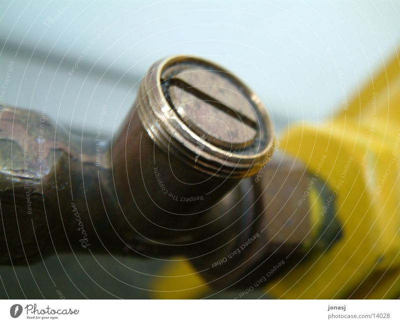 Wenn's kalt wird gelb Bronze Ventil Industrie Heizkörper Leitung Wärme Kreis Röhren