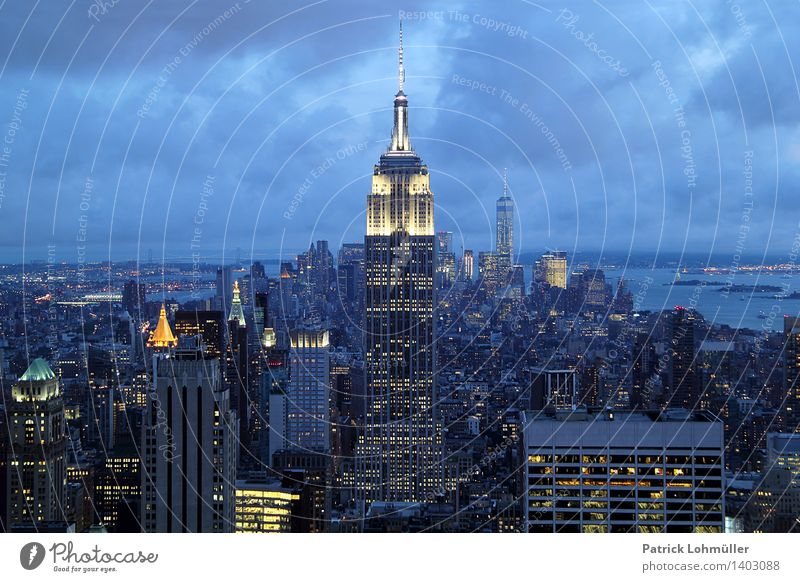 Empire State Building NYC Reichtum Design Tourismus Sightseeing Städtereise Büro Business Nachthimmel New York City Manhattan USA Nordamerika Stadt Stadtzentrum