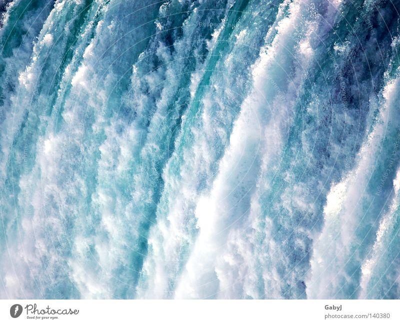 Niagara falls Wasser Ordnung Wassertropfen Energie Geschwindigkeit Ecke Elektrizität Fluss stoppen Unendlichkeit fallen Sturz blau Kanada Bach Wasserfall