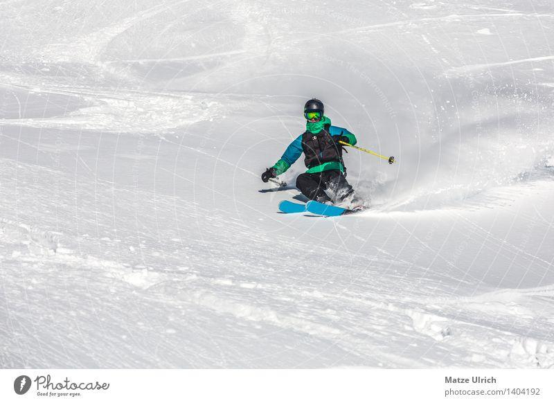 Powderspray Freude Winter Berge u. Gebirge Schnee Eis Schönes Wetter Abenteuer Frost Hügel fahren Alpen Schneebedeckte Gipfel Skifahren sportlich Skier
