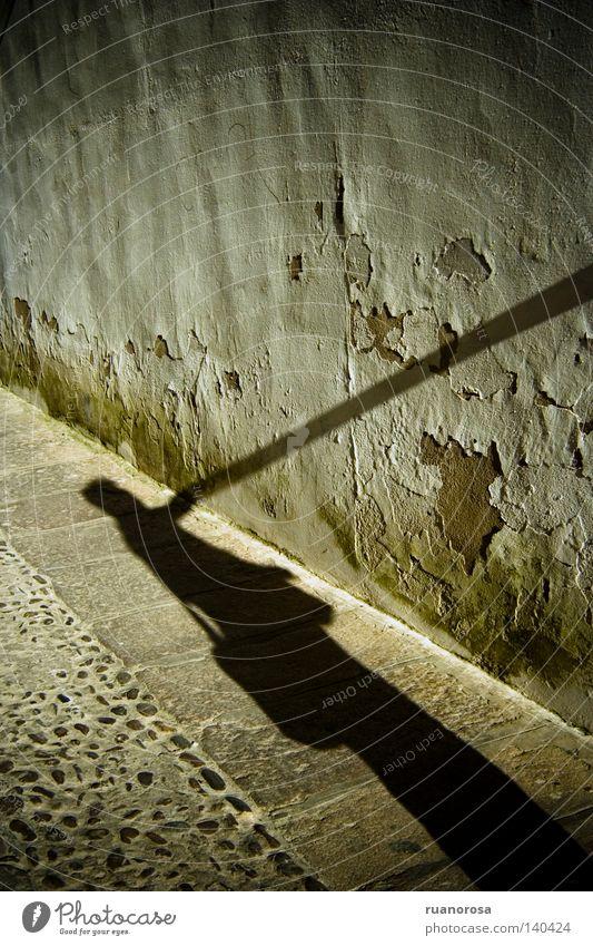 Mann Hand Straße Wand Mauer Erde Boden Bodenbelag Junger Mann Calle 14 bei Calle 59