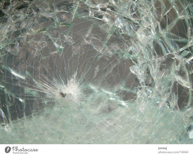 Uii, das war die Scheibe gesplittert kaputt Glasscheibe Splitter Dinge Riss PKW