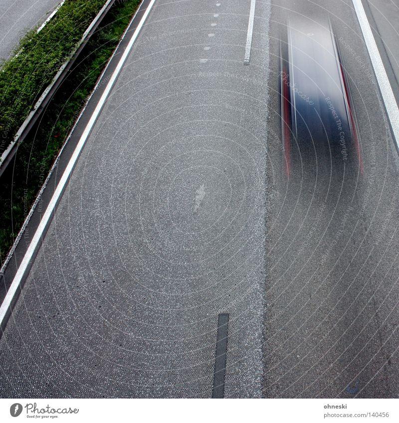 No. 1 - Erwischt!! schwarz PKW Deutschland Verkehr Geschwindigkeit Sträucher Autobahn Verkehrswege vorwärts Nordrhein-Westfalen Mittelstreifen Tauern Autobahn