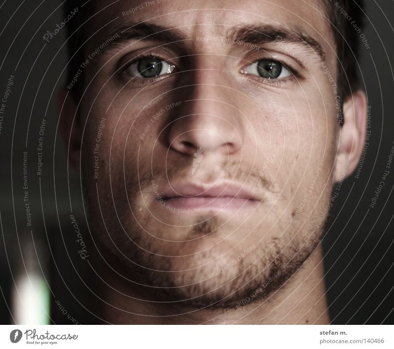 schon lang nicht mehr gesehen Gesicht Farbe Spiegel Mann Bart Auge Porträt maskulin Ohr Nase Augenbraue Schatten Charakter Seele face color self mirror man