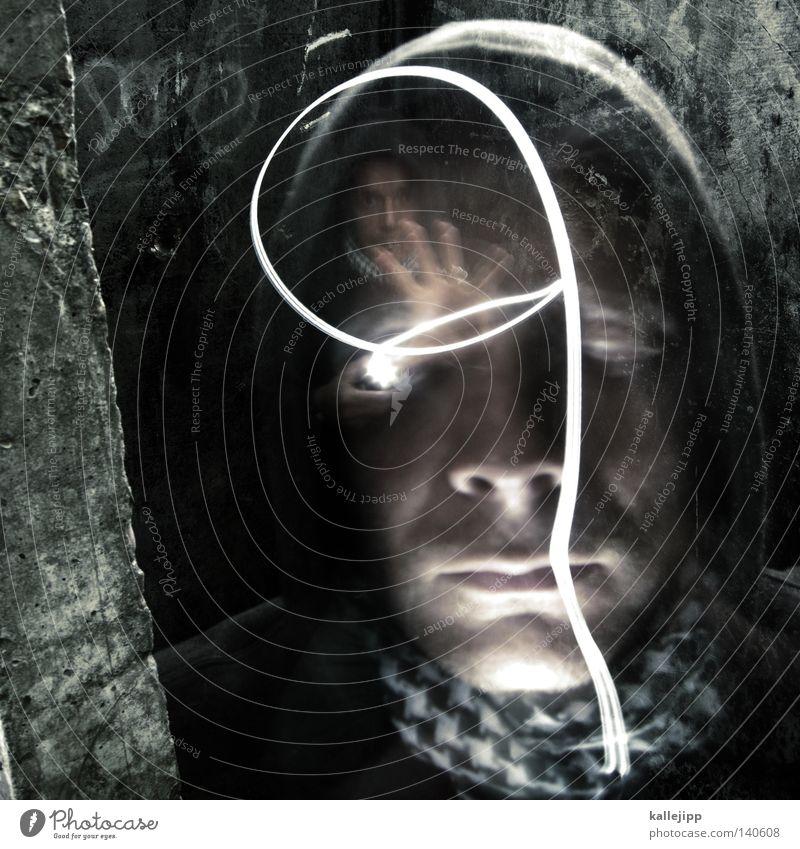 ich, du, er, sie, es Mensch Mann Hand Wand Mauer Angst Fotografie Beton kaputt Schutz geheimnisvoll Mütze Gewalt Krieg Rauschmittel Verstand