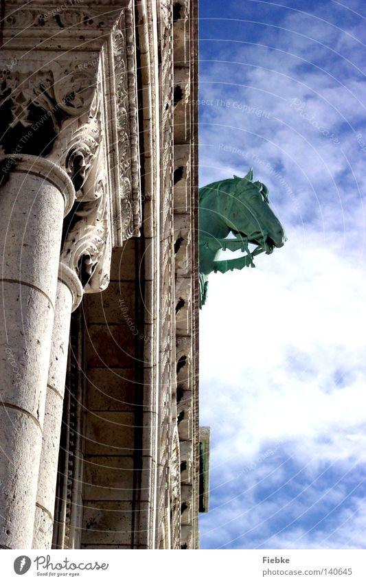 Oh Fallada Sacré-Coeur Paris Frankreich Kultur Detailaufnahme Basilika Kunst Pferd Statue Europa Tier Stein Religion & Glaube Kirche erstarren Fossilien Märchen
