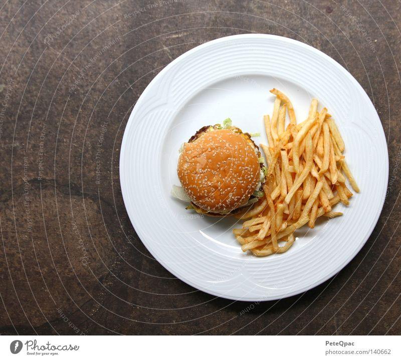 Amerika/USA Ernährung Lebensmittel Gastronomie Fastfood Hamburger Pommes frites Cheeseburger