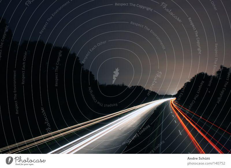 amphetamine Nacht rot weiß Licht Streifen Geschwindigkeit Langzeitbelichtung dunkel Autobahn Bremen Verkehrswege Andre Schütt anpixel