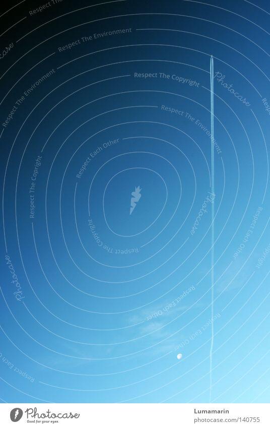 Tschüss. Erde Himmel Ausflug Mond Flugzeug Rakete Technik & Technologie Kraft Ferne Kondensstreifen Strukturen & Formen Wolken Unendlichkeit Orientierung