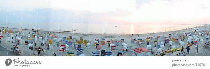 Panorama Strandpromenade Borkum bei Tag Sonne Meer Strand Ferien & Urlaub & Reisen Sand Insel Borkum
