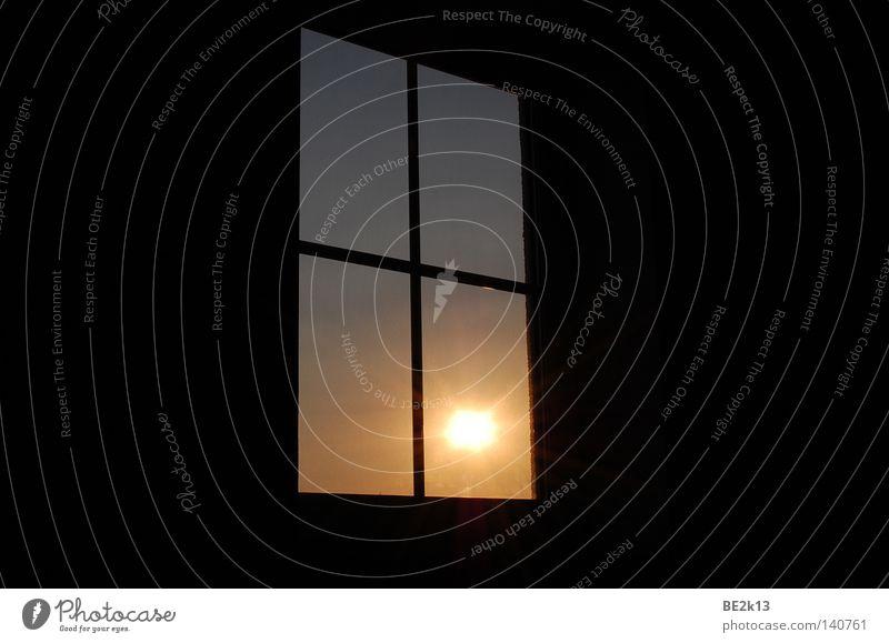 Sun down Sonne schwarz dunkel Fenster Verbindung Wohnzimmer Entertainment Haushalt Dachboden Fensterkreuz Südwest