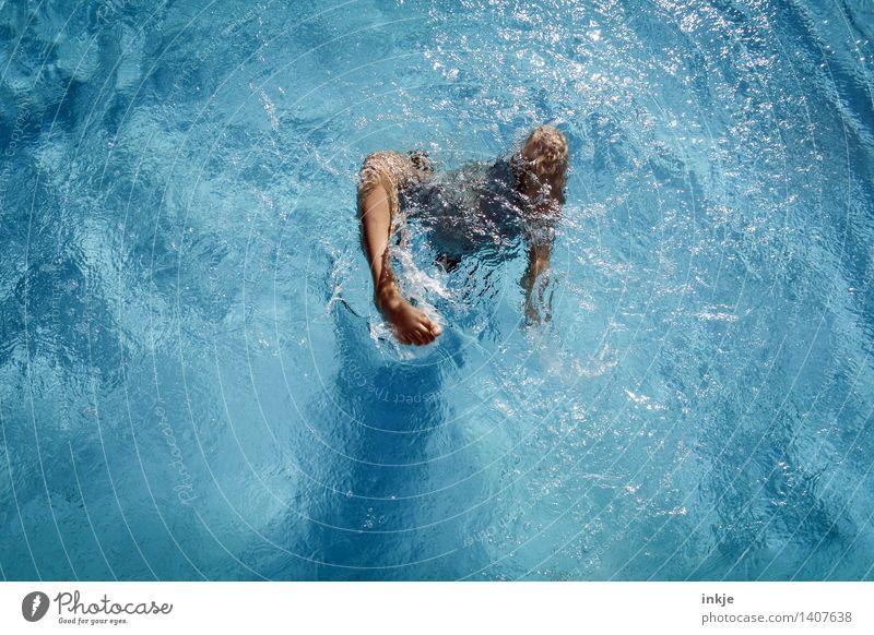 eintauchen Mensch Kind Ferien & Urlaub & Reisen Jugendliche blau Sommer Wasser Junger Mann Freude Leben Bewegung Lifestyle Schwimmen & Baden Fuß springen