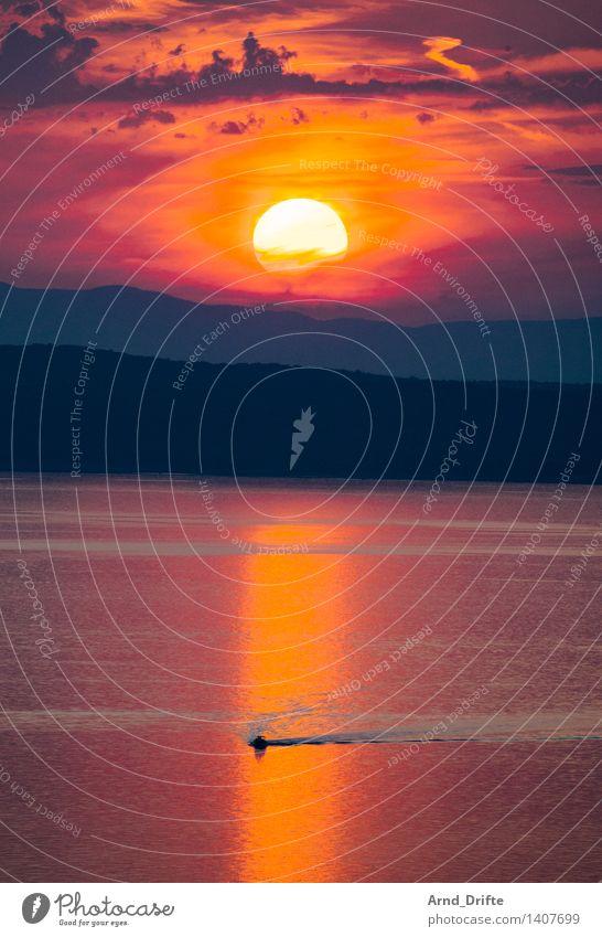 Sonnenuntergang Ferien & Urlaub & Reisen Tourismus Umwelt Natur Landschaft Urelemente Wasser Himmel Wolken Sonnenaufgang Sonnenlicht Sommer Schönes Wetter Hügel