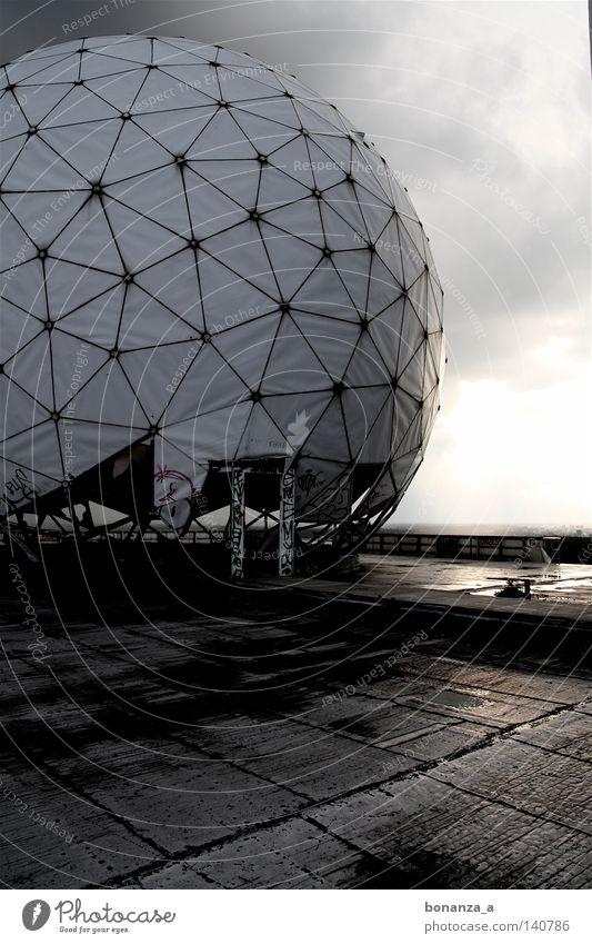 plattform Einsamkeit dunkel Architektur Kreis rund Plattform Radarstation