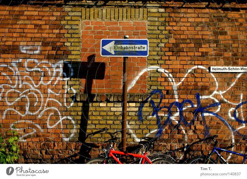 Mauerpark Berlin Park Fahrrad Mitte verfallen Berlin-Mitte Einbahnstraße