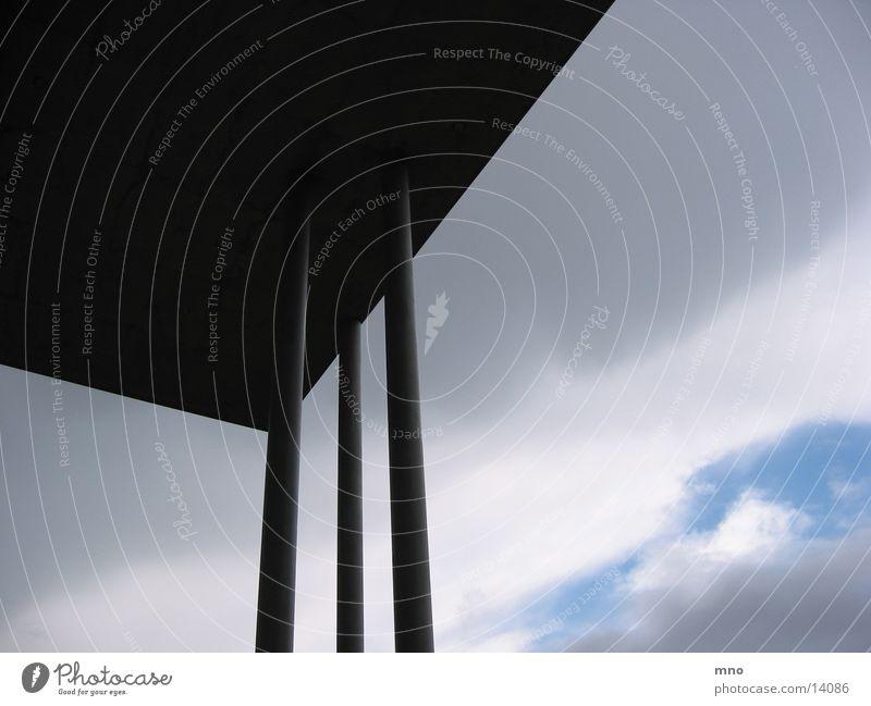 LuftSäule Wolken Beton Architektur Himmel
