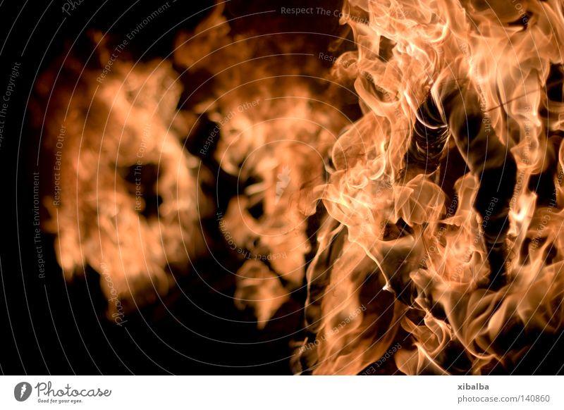 Brenne I schwarz gelb dunkel Holz Kraft Brand gold Feuer ästhetisch bedrohlich heiß Wut Warmherzigkeit Leidenschaft Stahl brennen