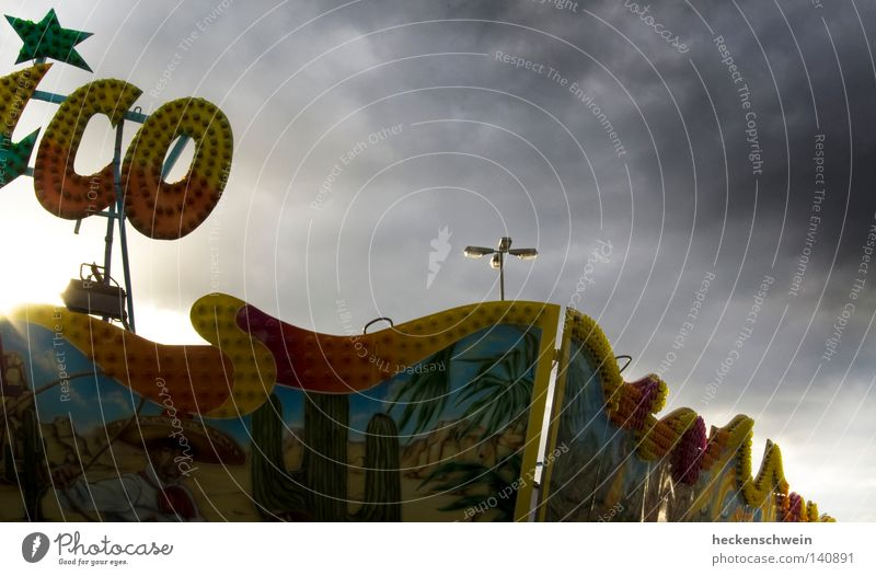 clouds over mexico Freude Wolken dunkel Stern (Symbol) Vergänglichkeit Laterne Abenddämmerung Mexiko Leuchtreklame