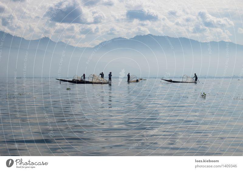 Inle lake fisher Ferien & Urlaub & Reisen Mensch See Frieden Zufriedenheit Tourismus Tradition blue boat Myanmar clouds group inle lake landscape Misthaufen