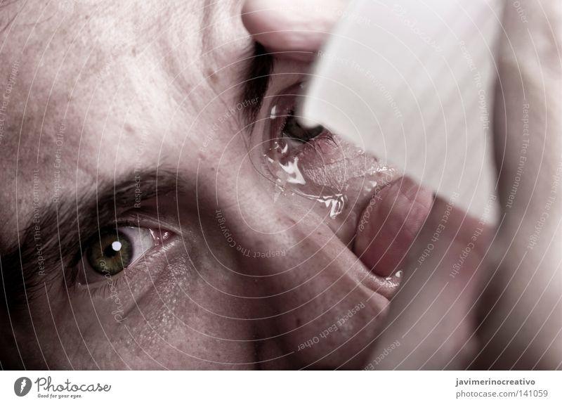 Mensch Hand Gesicht Auge Farbe Glas Nase Wissenschaften Schmerz weinen Tränen Augenbraue Folter
