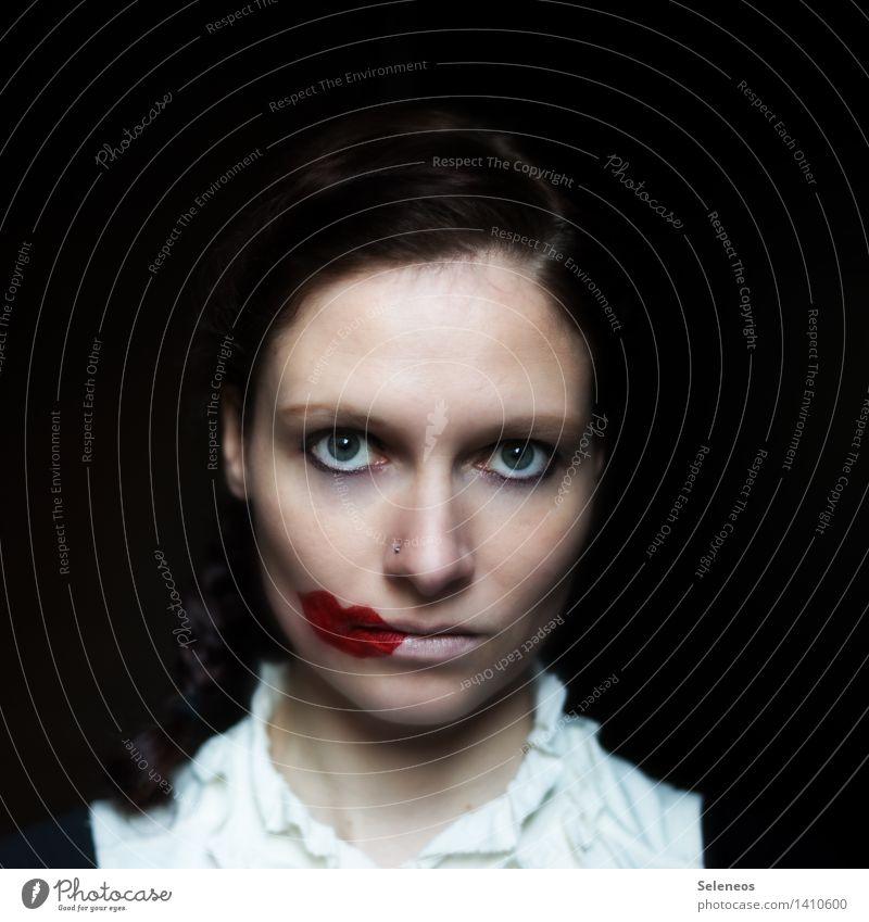 ich steh heut etwas neben mir Körper Haare & Frisuren Haut Gesicht Kosmetik Schminke Lippenstift Mensch feminin Frau Erwachsene Nase Mund 1 18-30 Jahre