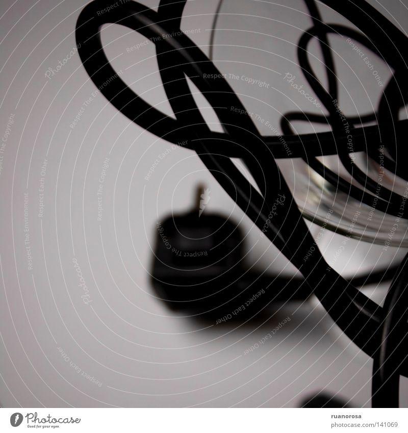 schwarz Glas Glas laufen Energiewirtschaft Elektrizität Kabel Medien Bühne Cocktail Zielscheibe Kristalle Becher Steckdose Buhne Composing