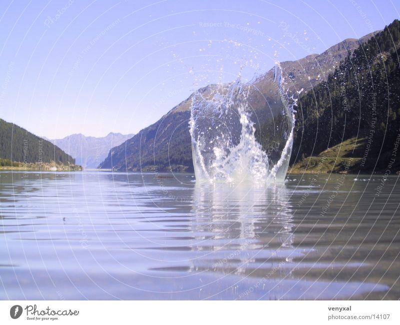 Plums Gebirgssee Wasser