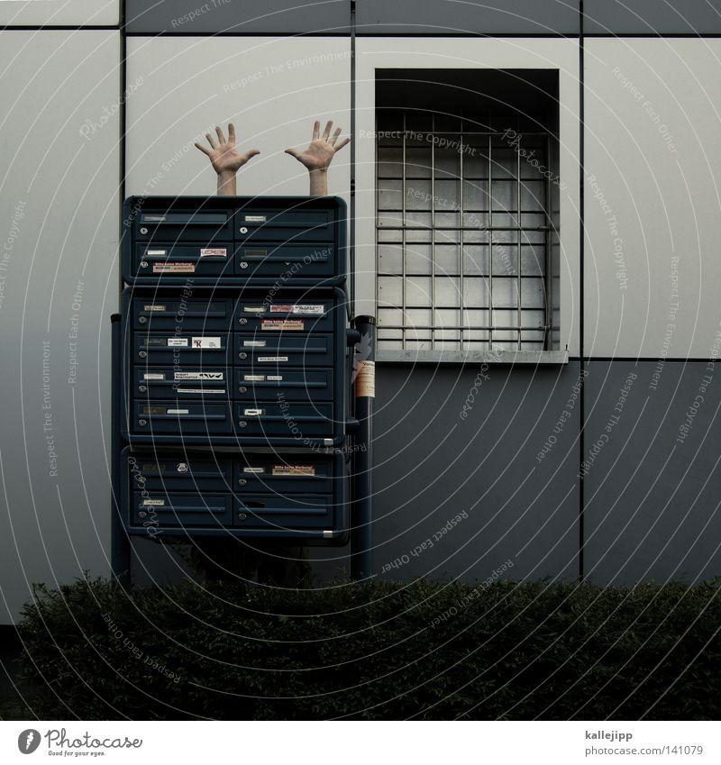 posträuber Mensch Hand Fenster Finger Quadrat Post Geometrie Dieb Gesetze und Verordnungen Briefkasten Justizvollzugsanstalt Gitter Rechteck Diebstahl Versteck