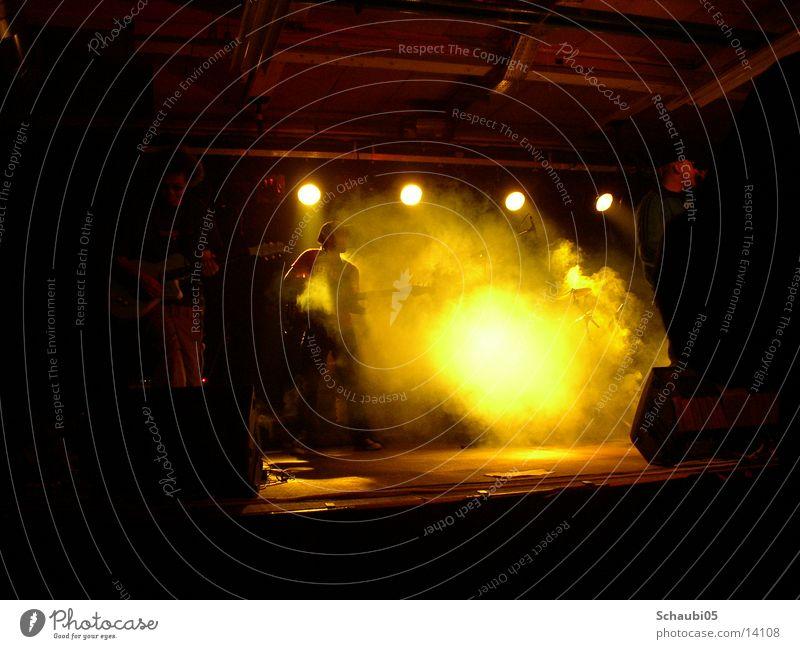 Das Live-feeling Musik Stimmung Nebel Technik & Technologie Schnur Bühne Musiker live Elektrisches Gerät Reggae