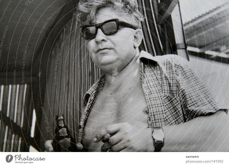 schaaatz, weißt du noch damals... Mensch Mann Party Feste & Feiern Uhr maskulin Coolness Brille trinken Rauchen Bier Übergewicht Hemd Tabakwaren Brust Vergangenheit
