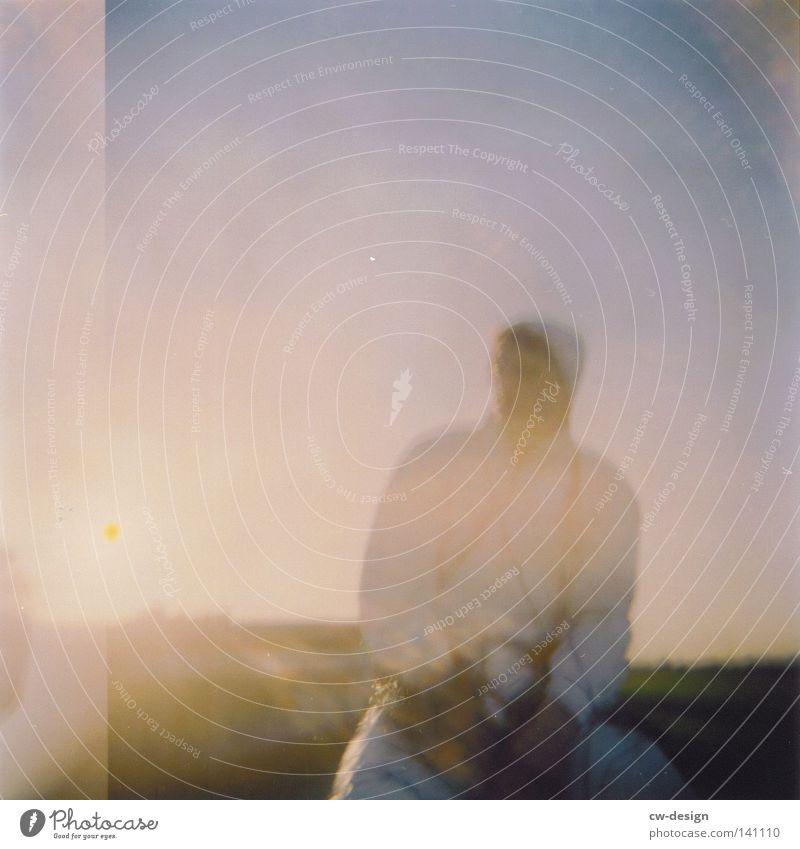hOlGa | to take a look around III Holga mehrfarbig Aussicht Am Rand Anlegestelle Mole Luft Horizont Schatten beige Sonnenbad Ferne Morgen Wohlgefühl Sommerloch