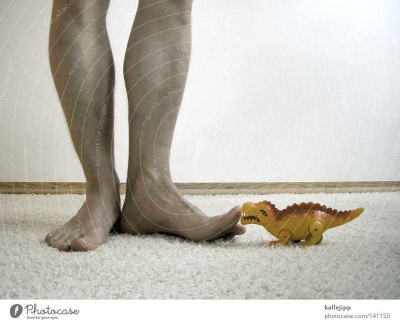 dein foto wurde leider nicht bestätigt. AUTSCH! Drache Dinosaurier Kanton Uri Lummen Tier Spielzeug Vergangenheit Spielen Freude Beine Fuß Tierfuß Zehen