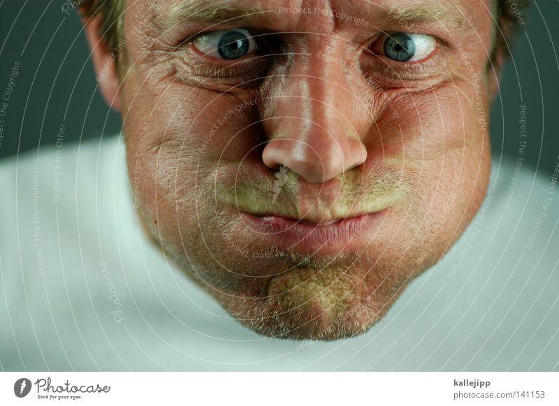 1700_luft ablassen Mensch Mann Freude Gesicht Auge Luft Essen Kraft Mund Kraft Hautfalten Falte blasen atmen anstrengen Wange