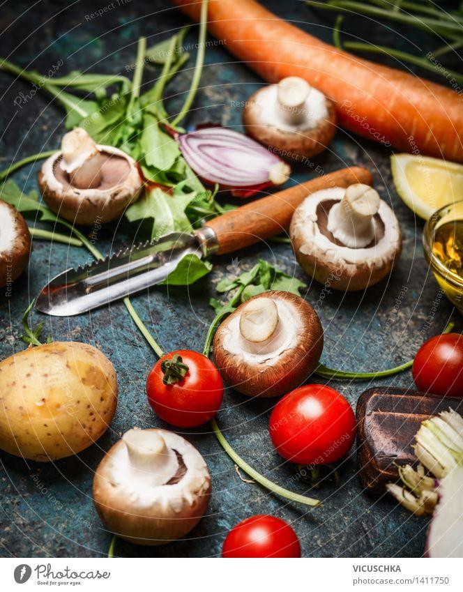 Frisches Gemüse und Gemüseschäler Gesunde Ernährung Leben Essen Foodfotografie Stil Lebensmittel Design Tisch Kochen & Garen & Backen Kräuter & Gewürze Küche