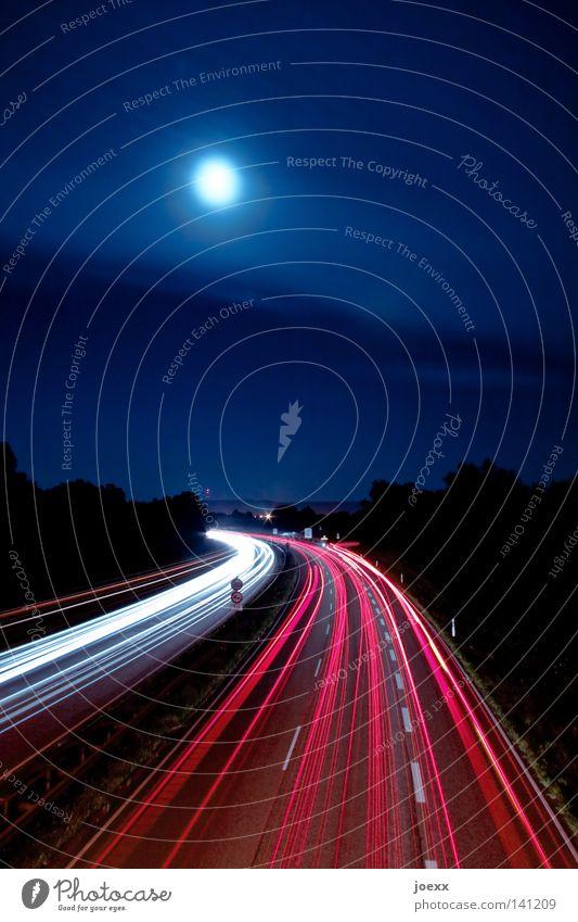 Gravitation Himmel Nachthimmel Mond Vollmond Verkehr Verkehrswege Berufsverkehr Straßenverkehr Autofahren Autobahn Stress abbiegen Autobahnausfahrt
