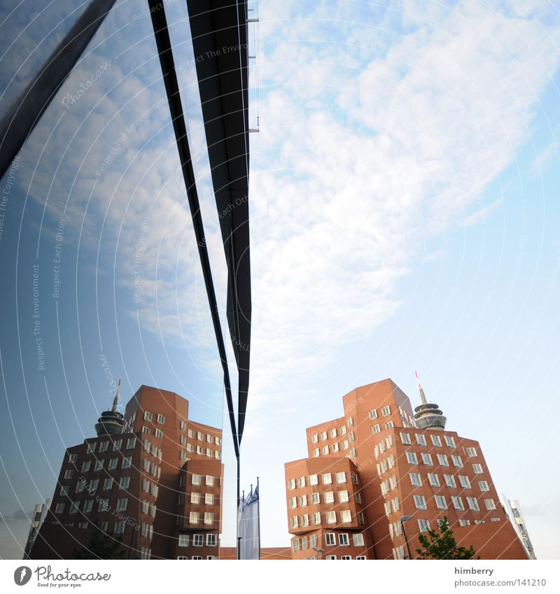 spiegelbild Fenster Durchgang Fassade Haus Gebäude Mauer Wand Architekt Unternehmen Arbeit & Erwerbstätigkeit Stein Bodenbelag kalt Gehry Bauten Zollhof