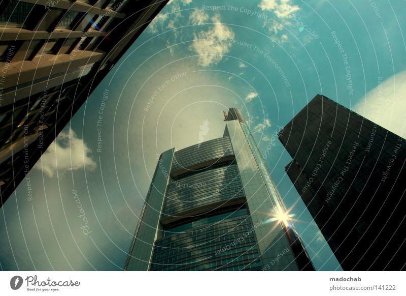 GLANZ GEGEN GLORIA Bankenviertel Hochhaus Frankfurt am Main Manhattan groß Macht Koloss Lichtfleck Reflexion & Spiegelung Sonne Stern strahlend Sonnenstrahlen