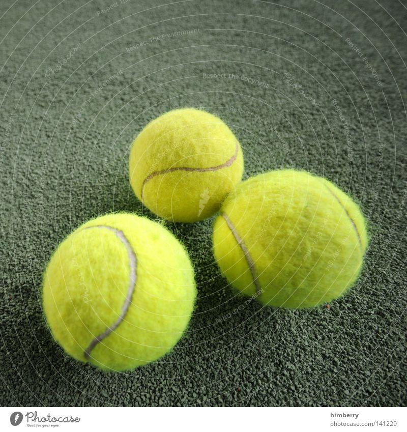 grosses tennis Freude Sport Spielen Bewegung springen Linie Freizeit & Hobby Platz Erfolg Bodenbelag Ball Kunststoff Spielfeld Lagerhalle Sportveranstaltung